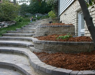 stairway-planters